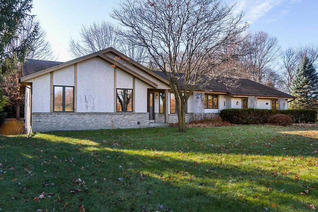 8975 Island View Road, one of homes for sale in Waconia