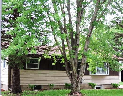 1118 Greenwood Place, Faribault, Minnesota