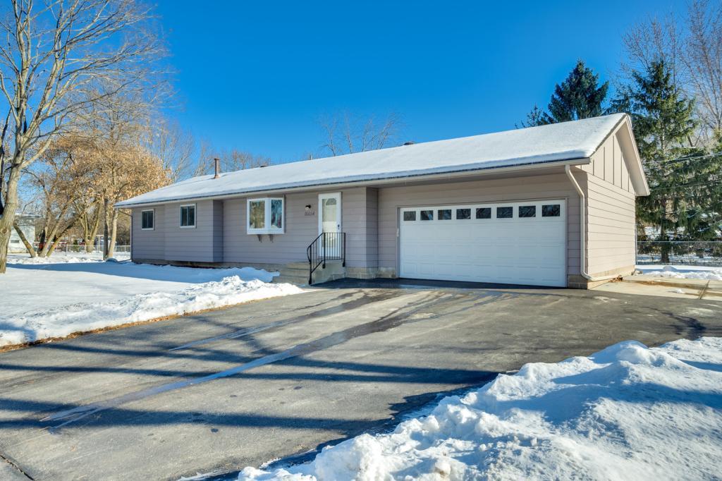 16654 Foliage Avenue W, Lakeville in Dakota County, MN 55068 Home for Sale