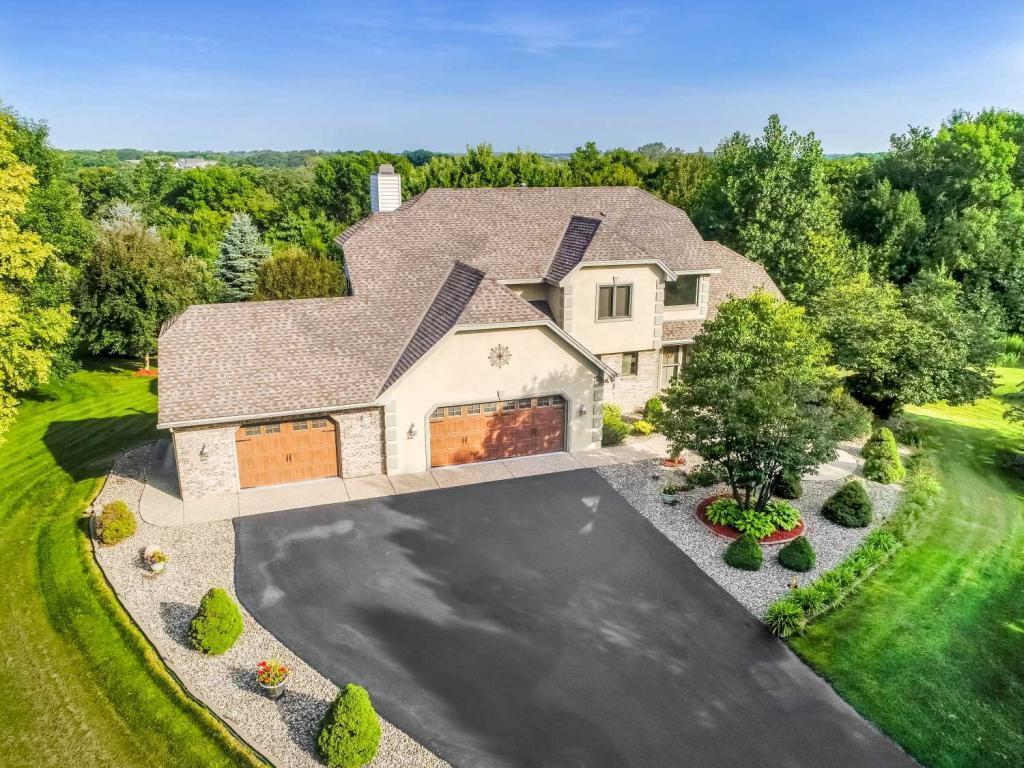9570 Foxford Road, Chanhassen, Minnesota