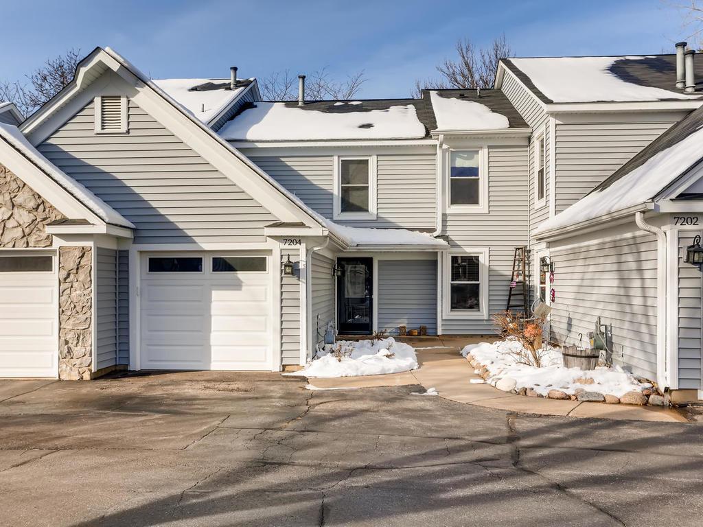 7204 Allen Court, Eden Prairie, Minnesota