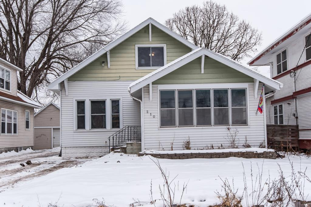 210 11th Avenue SE, Rochester in Olmsted County, MN 55904 Home for Sale