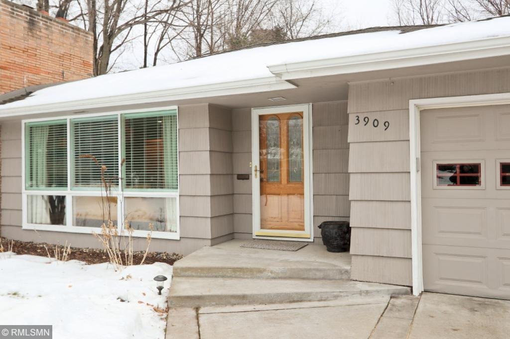 3909 W 60th Street, Edina in Hennepin County, MN 55424 Home for Sale