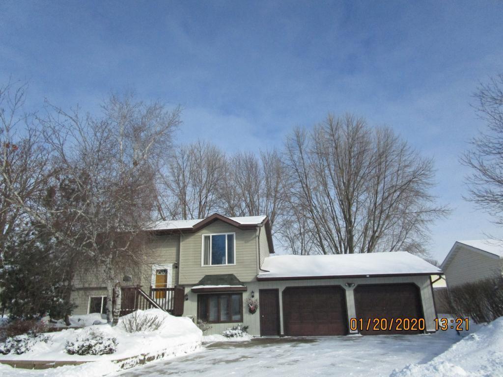 575 Kim Lane SW, Owatonna, Minnesota