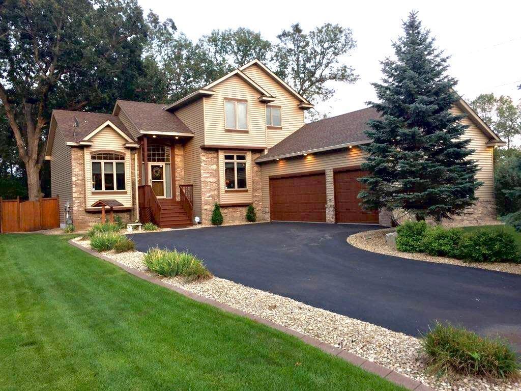 10913 Dunkirk Street NE, Blaine in Anoka County, MN 55449 Home for Sale