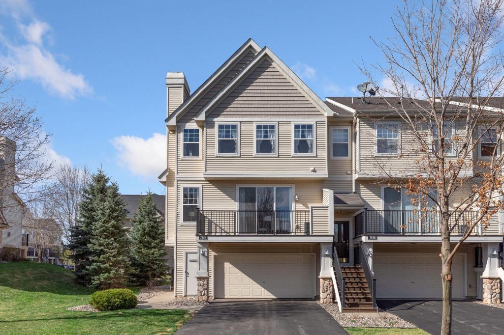 7556 Southridge Lane, Savage, Minnesota