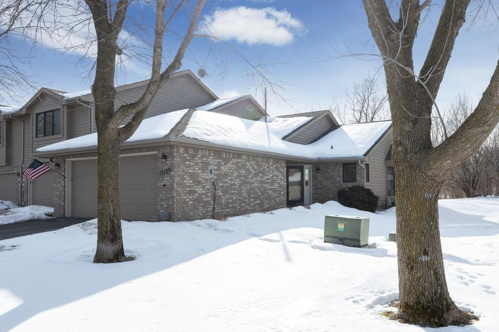 13129 Gemstone Court, Apple Valley in Dakota County, MN 55124 Home for Sale