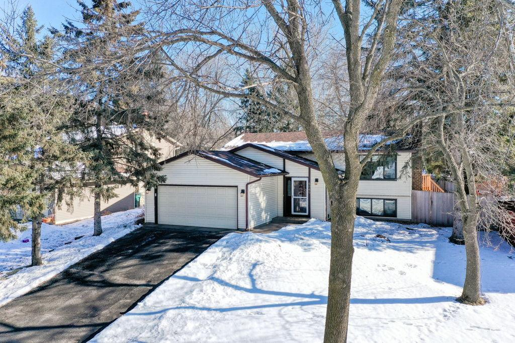 4846 Churchill Street, Shoreview in Ramsey County, MN 55126 Home for Sale