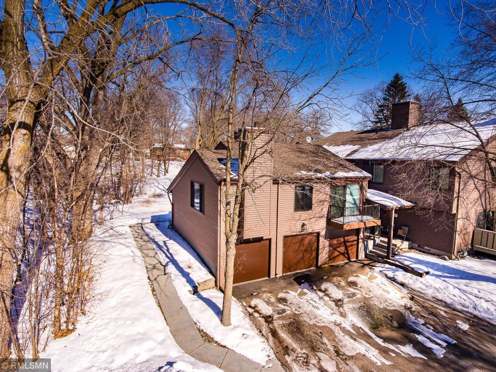 112711 Hundertmark Road, Chaska in Carver County, MN 55318 Home for Sale