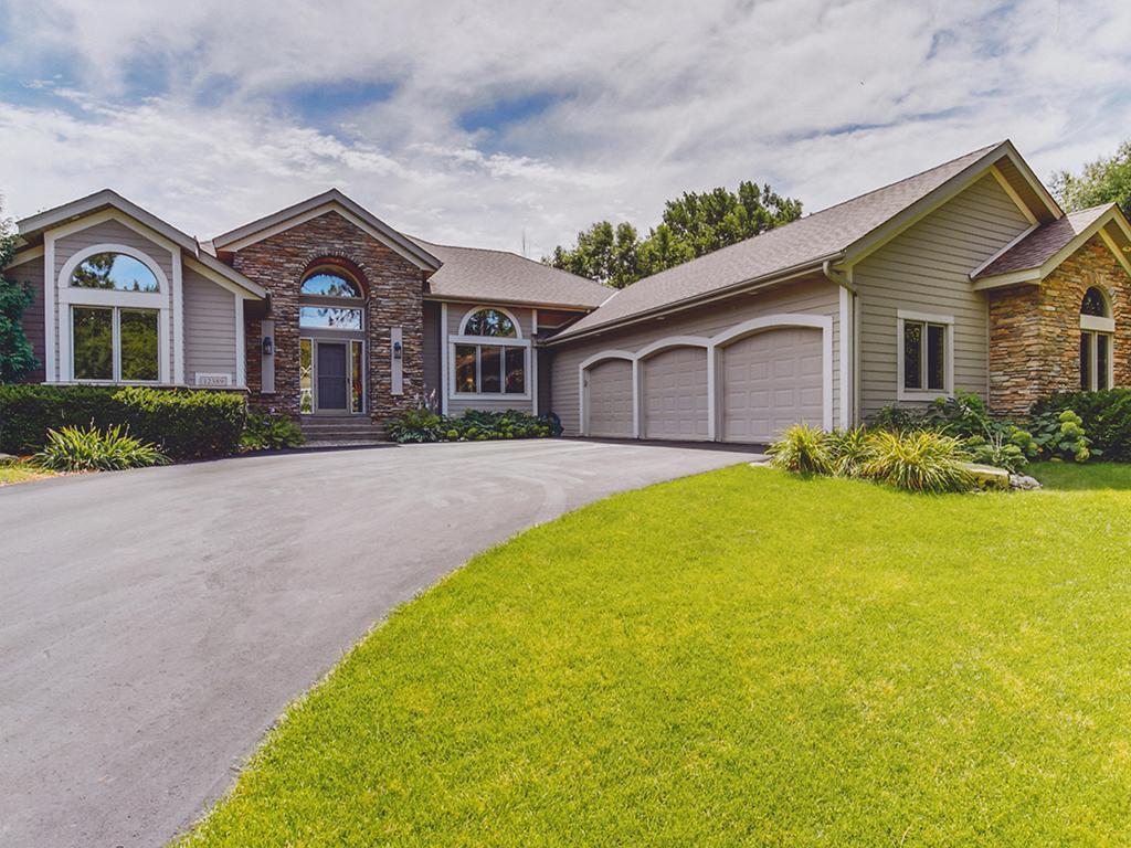 12389 Riverview Road, Eden Prairie, Minnesota