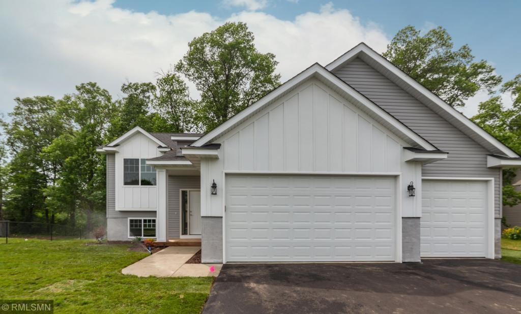 4362 205th Lane NW, Oak Grove, Minnesota