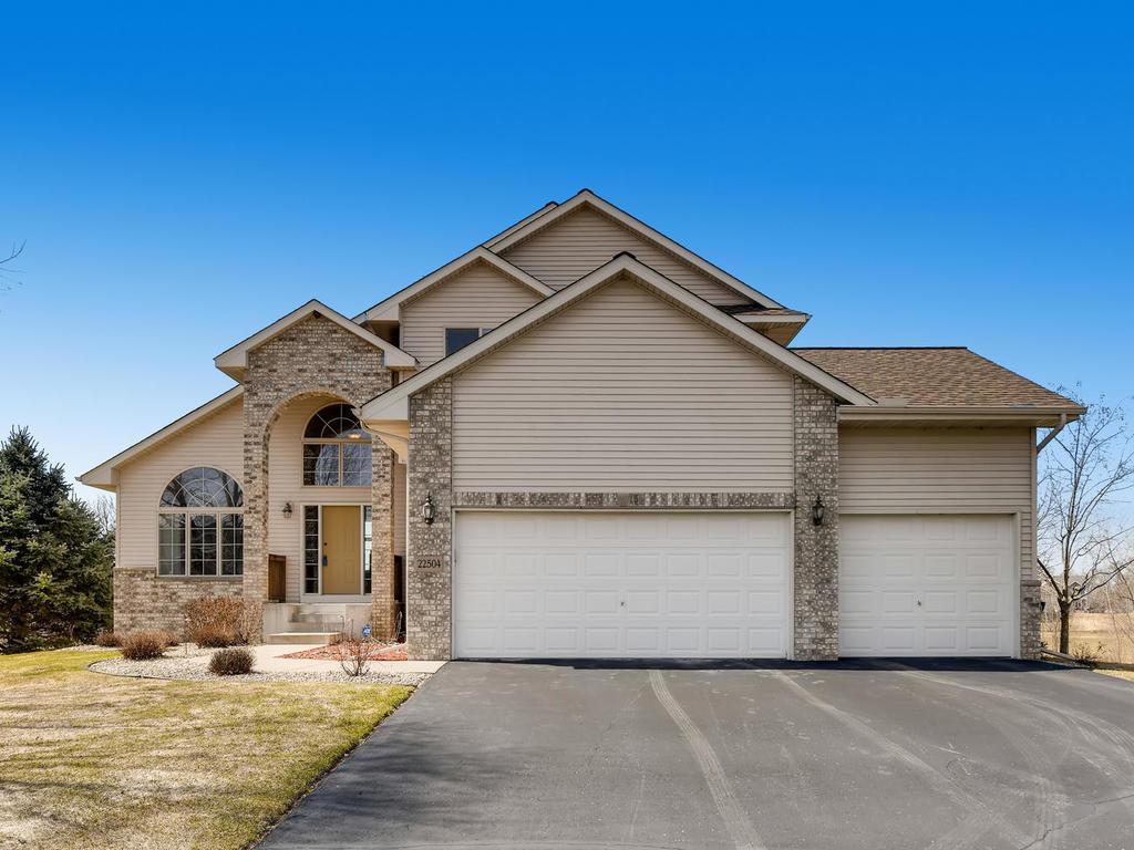 22504 Zion Parkway NW, Oak Grove, Minnesota