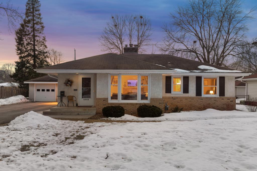 6808 Clinton Avenue, Richfield in Hennepin County, MN 55423 Home for Sale