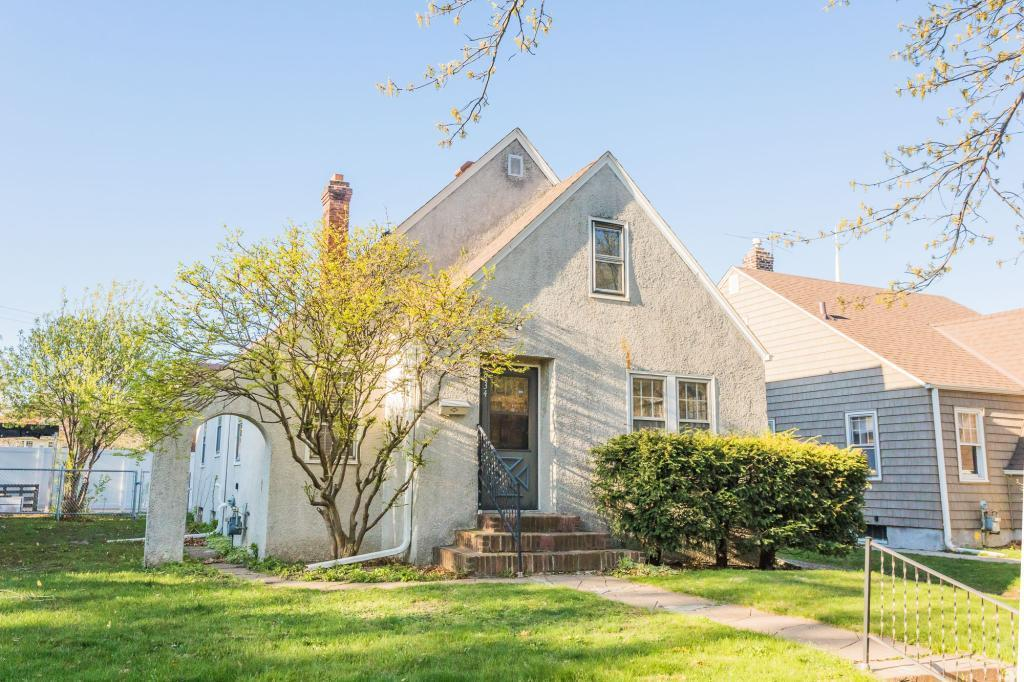 834 Portland Avenue, St Paul - Town and Country, Minnesota