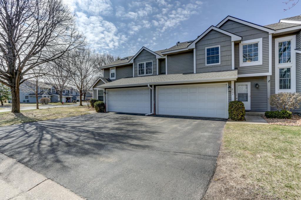 8132 Curtis Lane, Eden Prairie, Minnesota