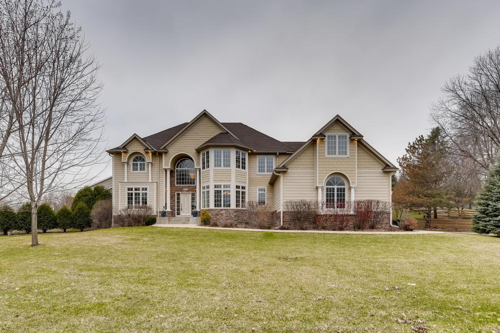 370 W 86th Street, Chanhassen in Carver County, MN 55317 Home for Sale