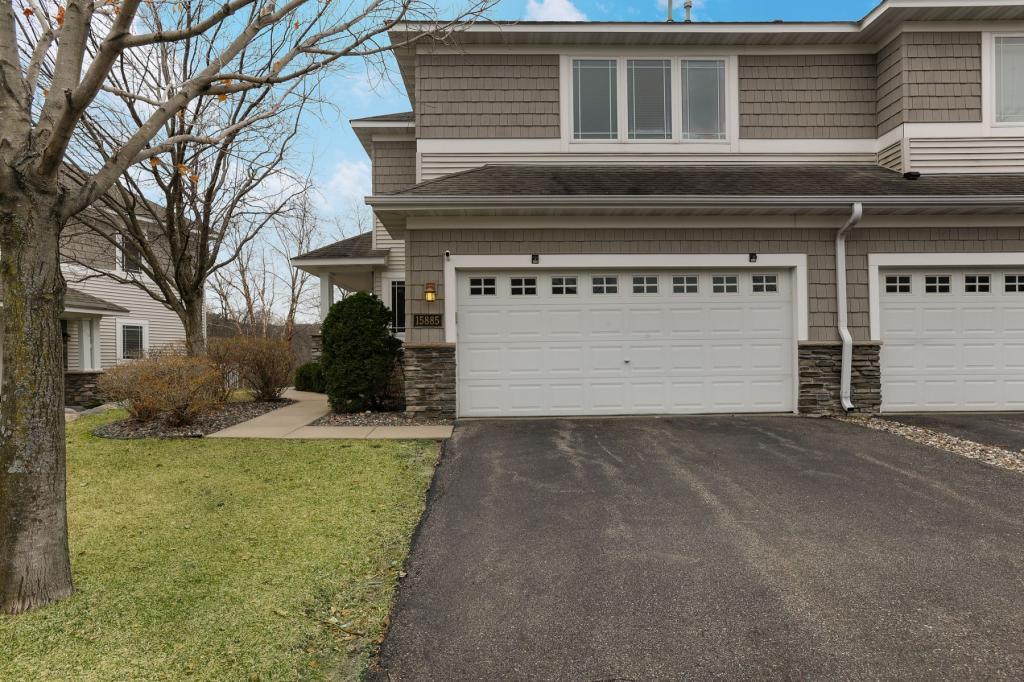 15885 Porchlight Lane, Eden Prairie, Minnesota