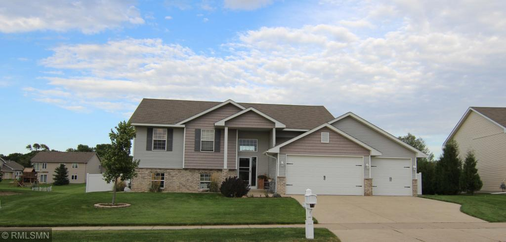 981 Farmer Ridge Trail, Belle Plaine, Minnesota 4 Bedroom as one of Homes & Land Real Estate
