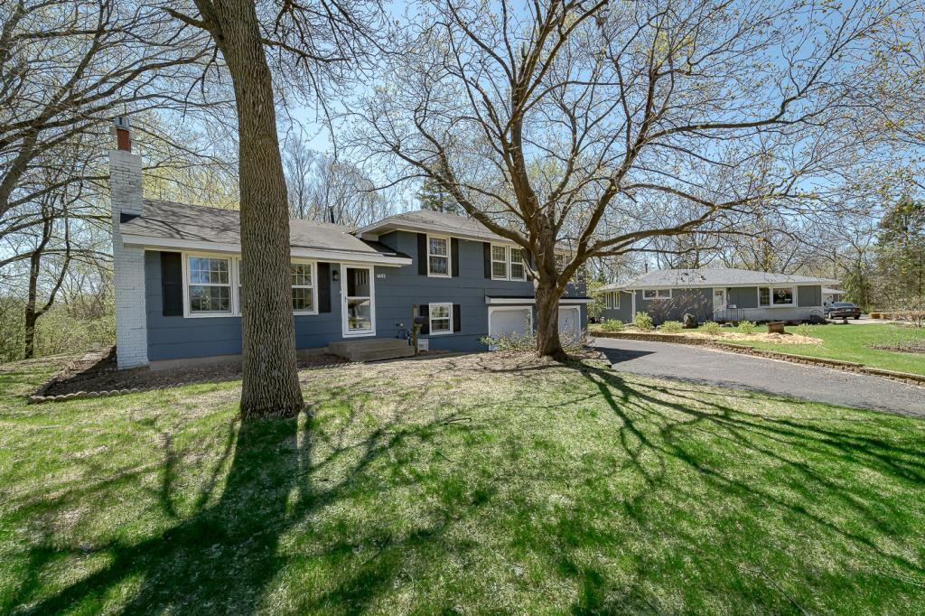 4652 Morris Circle, Bloomington, Minnesota