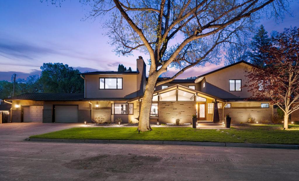 2721 Glenhurst Avenue, Linden Hills, Minnesota