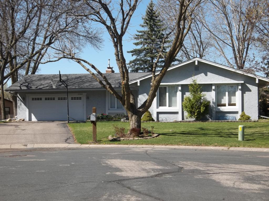 17260 Park Circle, Eden Prairie, Minnesota