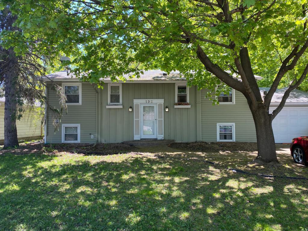 192 Walnut Lane, Apple Valley, Minnesota