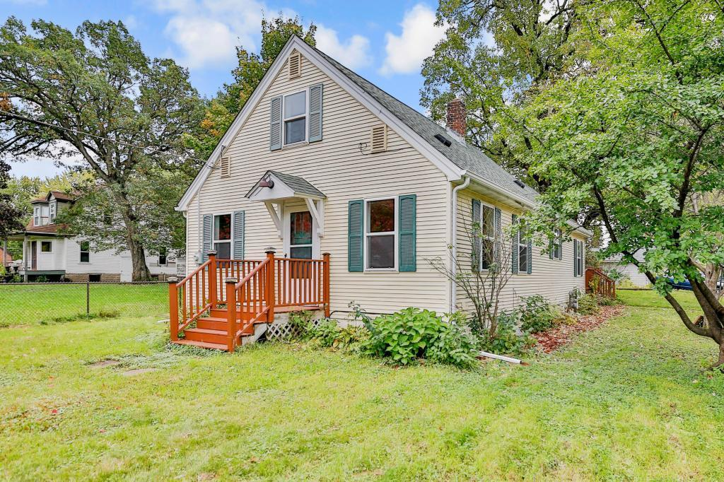One of Forest Lake 3 Bedroom Homes for Sale at 468 1st Avenue SW