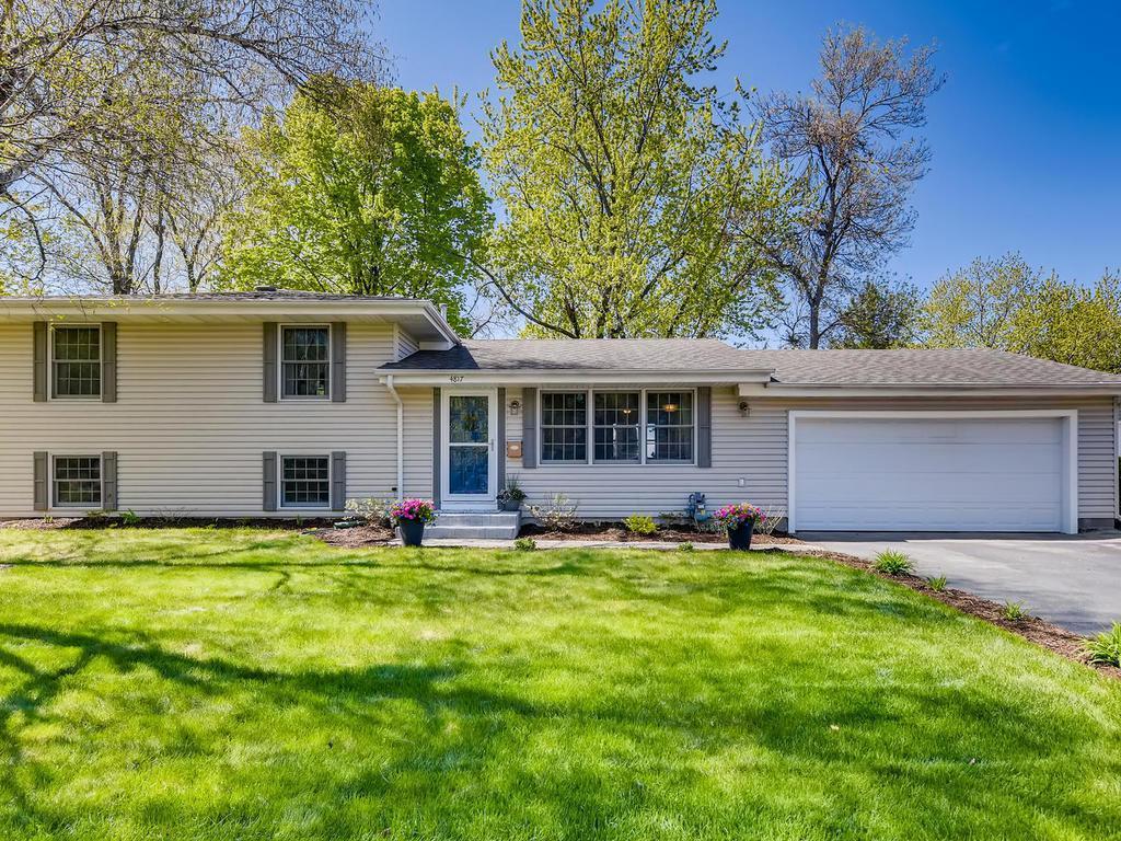 4817 Oxborough Lane, Bloomington, Minnesota