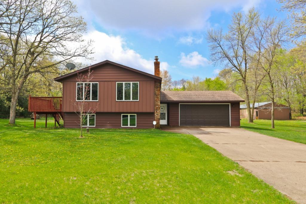 4048 211th Lane NW, Oak Grove, Minnesota