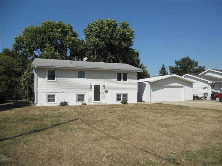 Real Estate for Sale, ListingId: 25163974, Jefferson,IA50129