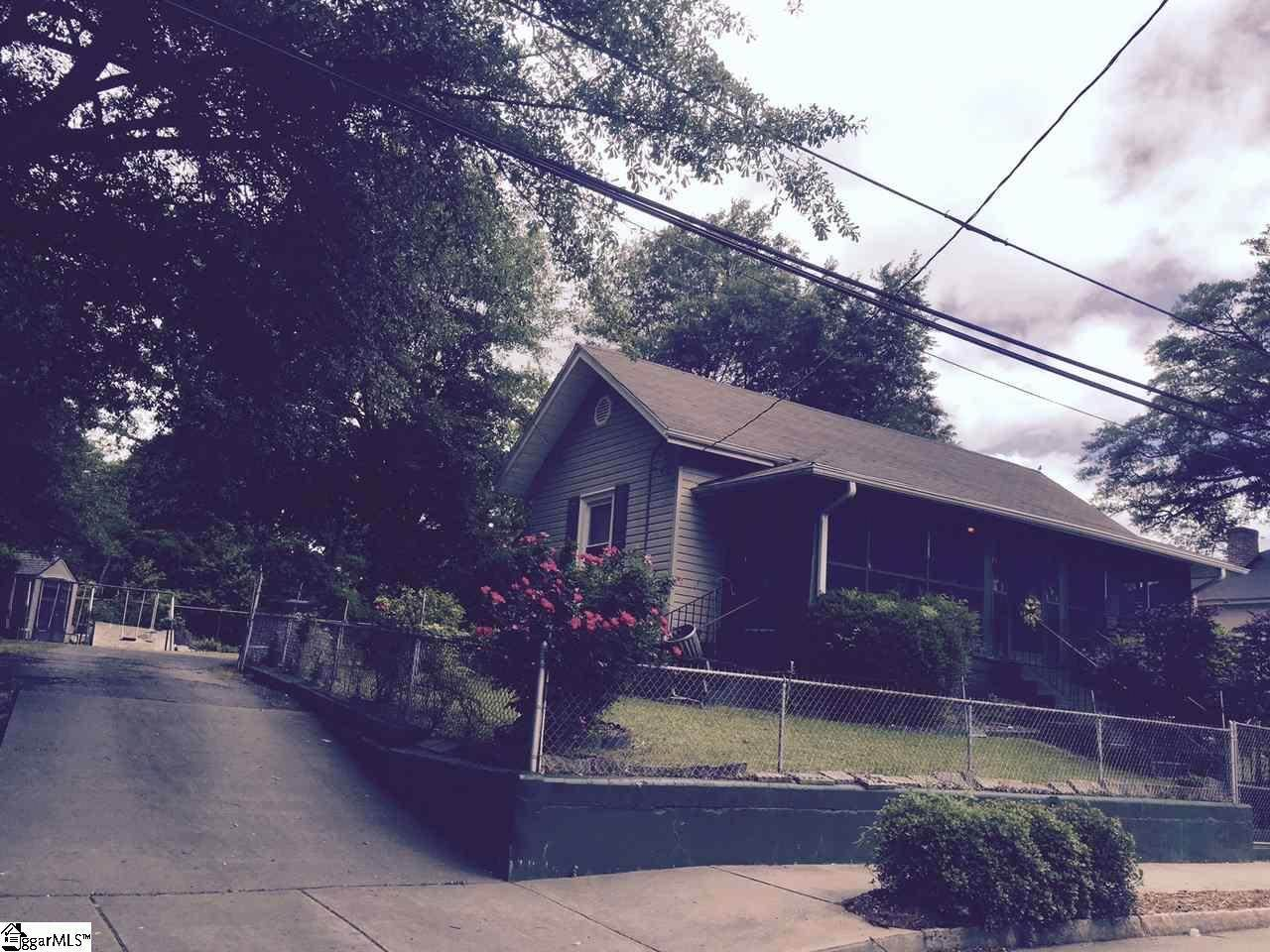 Photo of 209 Mulberry St  Greenville  SC