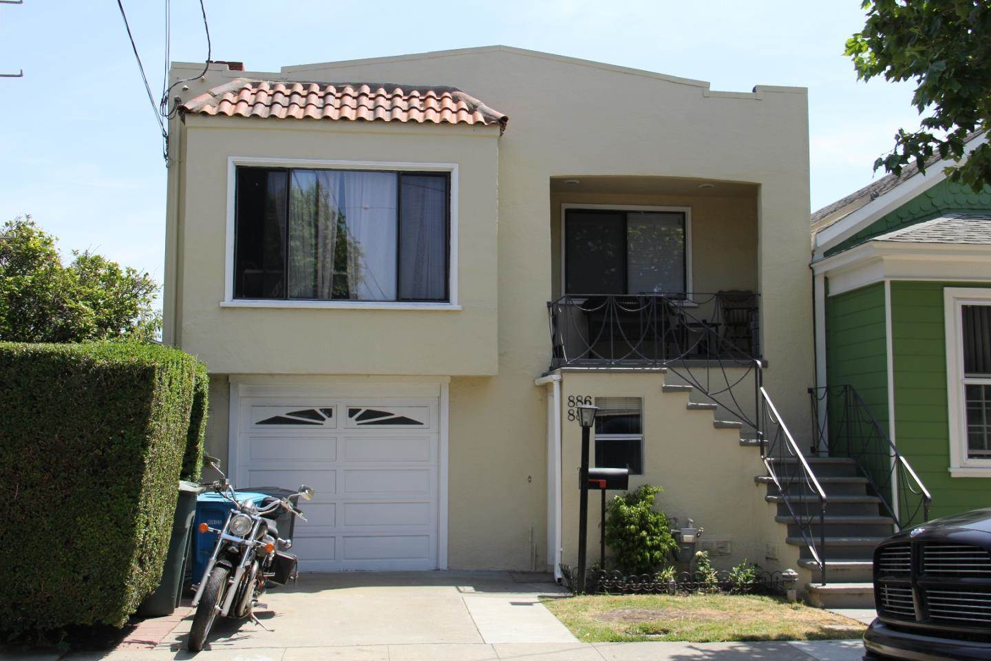 886 Easton Ave, San Bruno, CA 94066