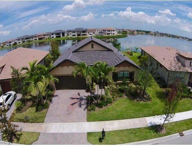 Photo of 8890 S Carrington Ave  Parkland  FL