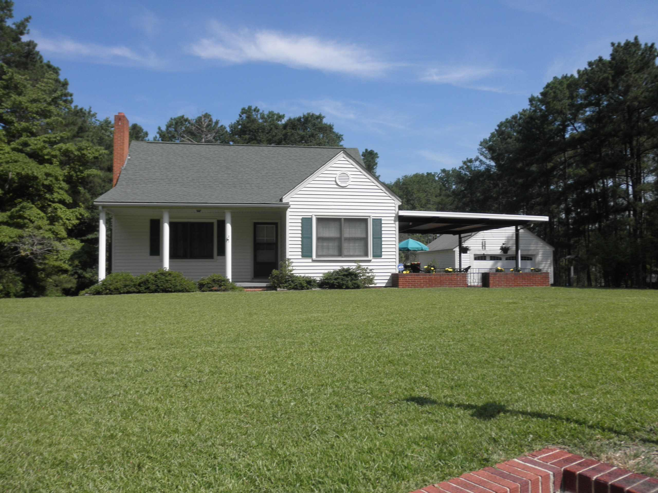Photo of 2413 Old Aberdeen Road  Rockingham  NC