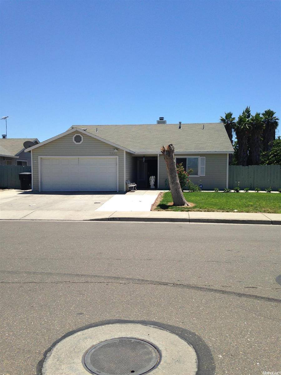 Photo of 2552 Burgundy Drive  Livingston  CA