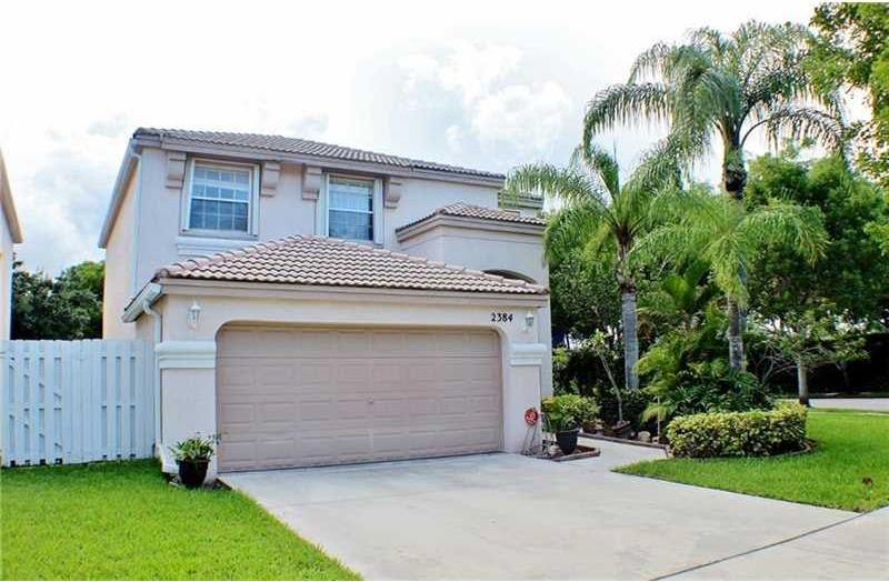 Photo of 2384 NW 159th Ave  Pembroke Pines  FL