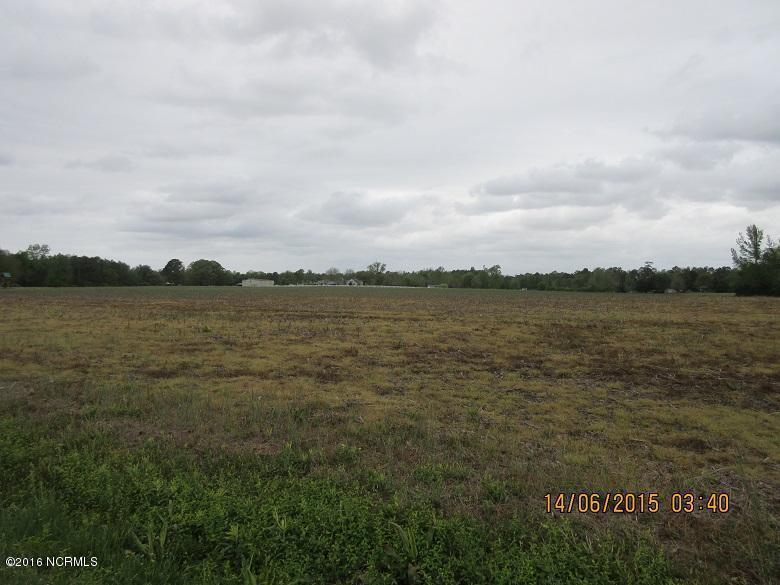 5500 New Savannah Rd, Burgaw, NC 28425