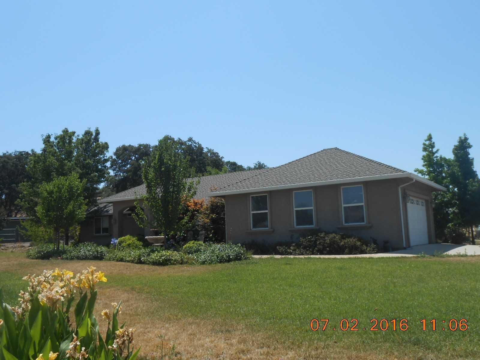 2044 S Ranchero Rd, Valley Springs, CA 95252