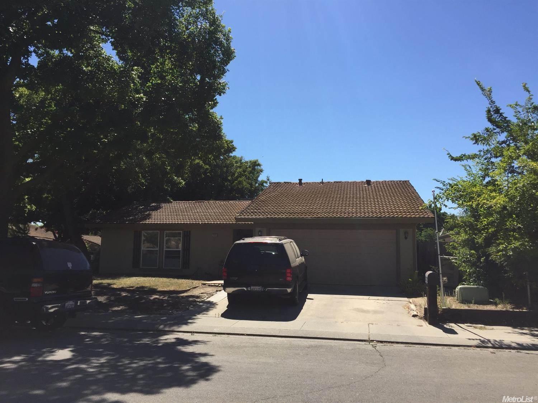 1501 Radcliffe Ave, Modesto, CA 95358
