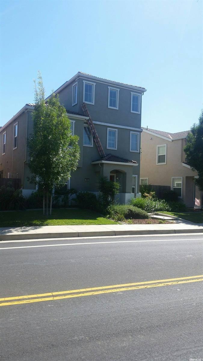 Photo of 4900 Ehrhardt  Sacramento  CA