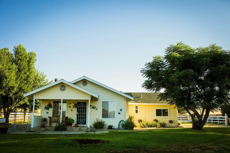 Photo of 6436 East Copper Avenue  Clovis  CA