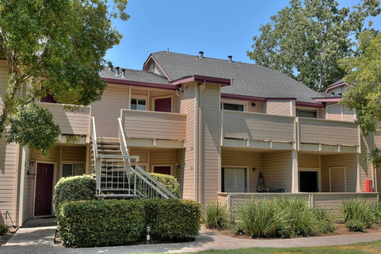 Photo of 1086 Cedar Gables Dr  San Jose  CA