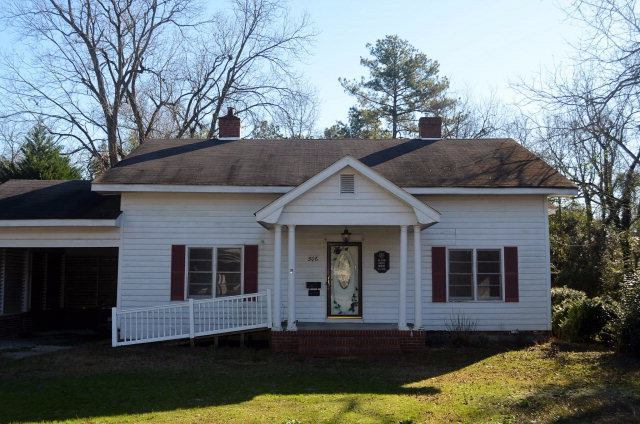 Photo of 306 N Florence St  Maxton  NC