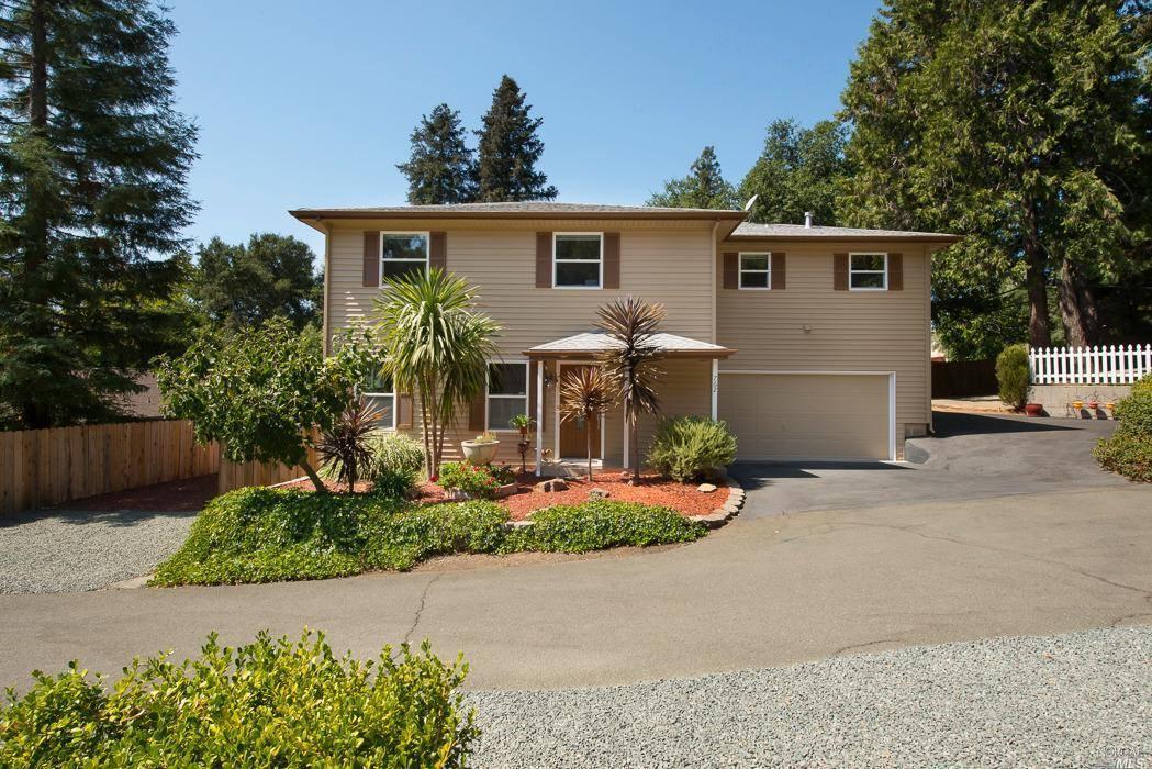 Photo of 762 Sunnyside Road  Saint Helena  CA