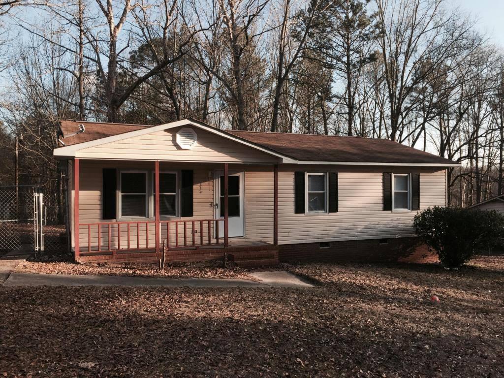 Photo of 301 Beaverwood Court  Rockingham  NC