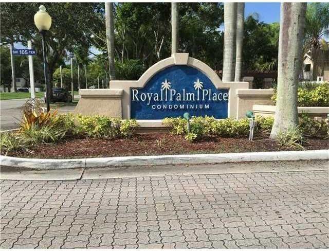 Photo of 15770 SW 106th Ter  303  Miami  FL