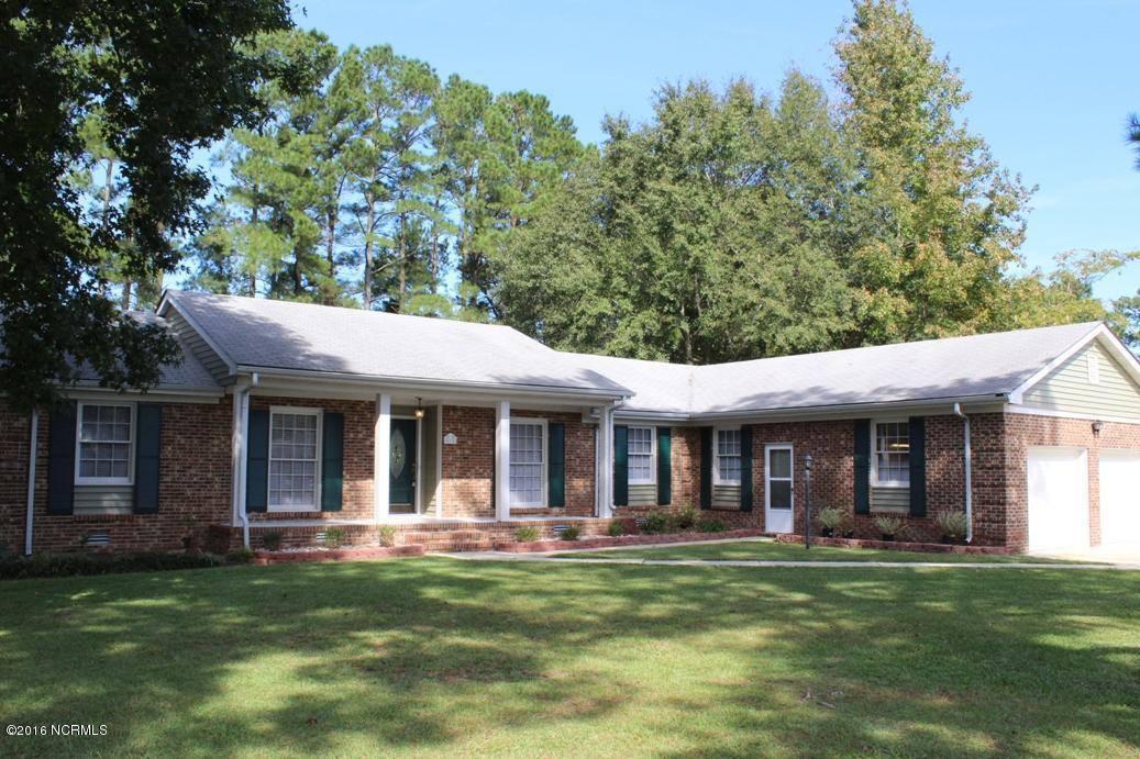 411 University Dr, Jacksonville, NC 28546