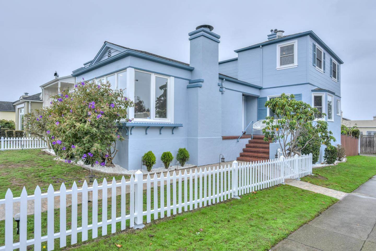 Photo of 1 Beachmont DR  San Francisco  CA