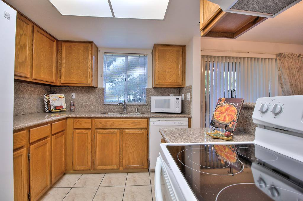 Photo of 1074 Summerplace DR  San Jose  CA