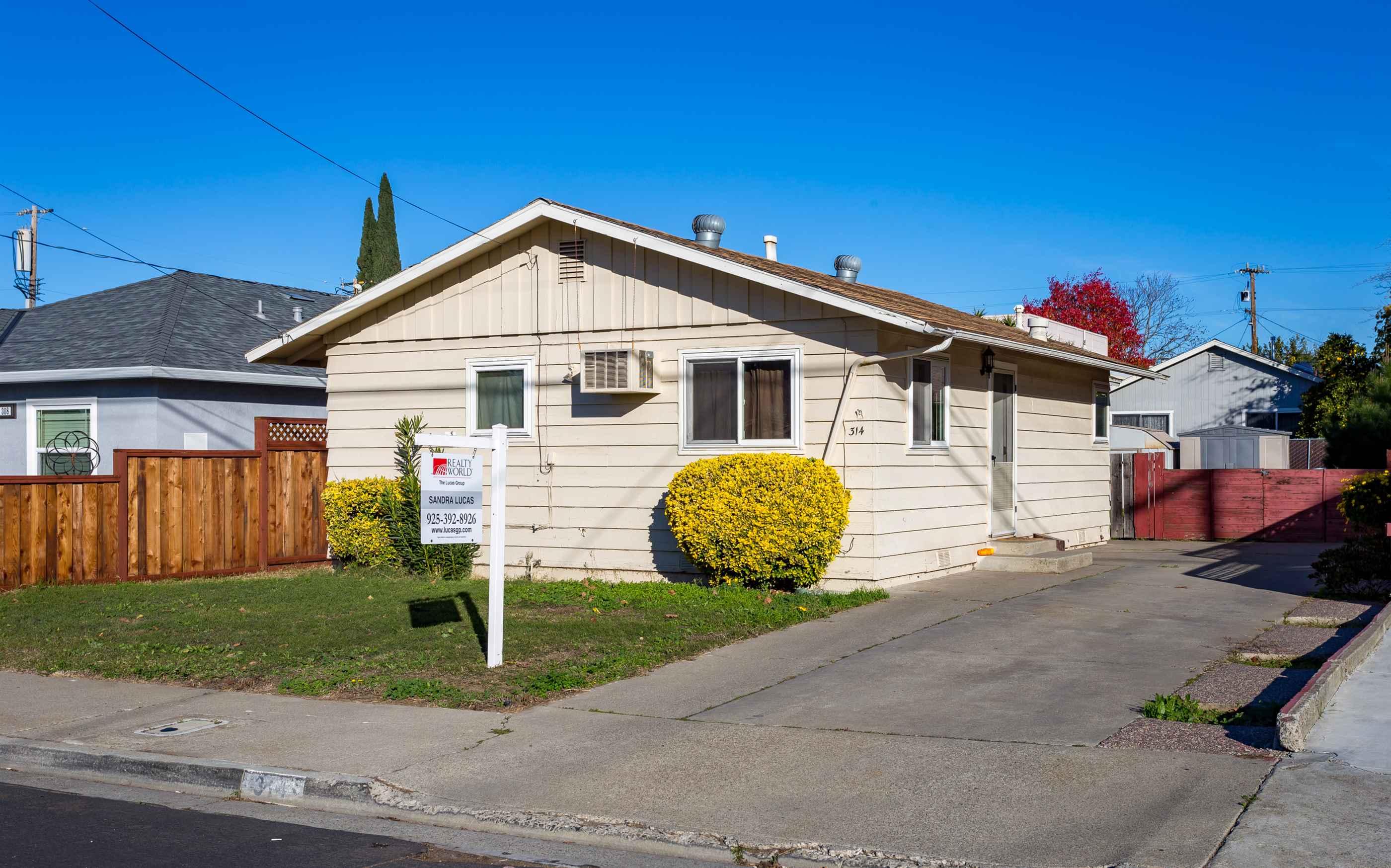 Photo of 314 E Home St  Oakley  CA